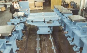 Double trolley pallet changer